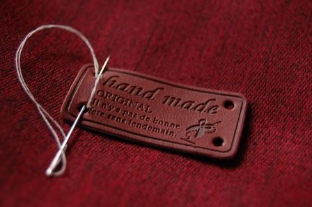 Etiqueta de Piel Handmade Tijeras