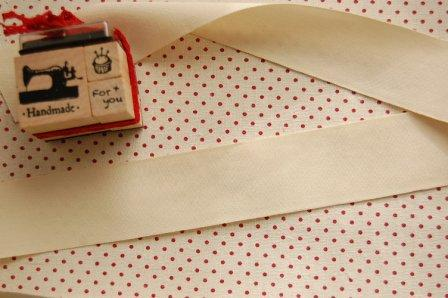 Cinta blanca algodón sello