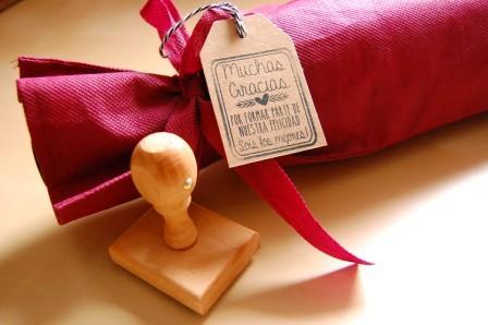 sello madera boda agradecimiento