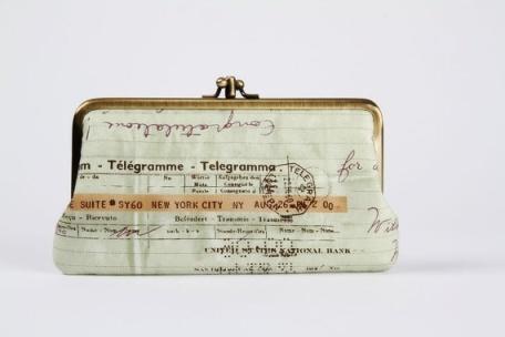 Bolso de mano con tela vintage