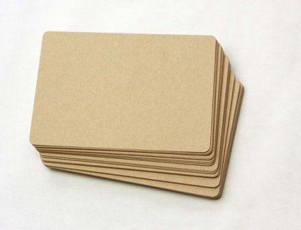 Tarjetas etiquetas papel reciclado