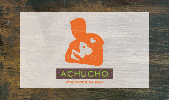 Achucho Educador Canino