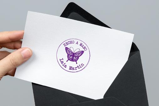 sello personalizado hecho a mano mariposa letra maquina de escribir