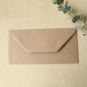sobres de cartón alargados