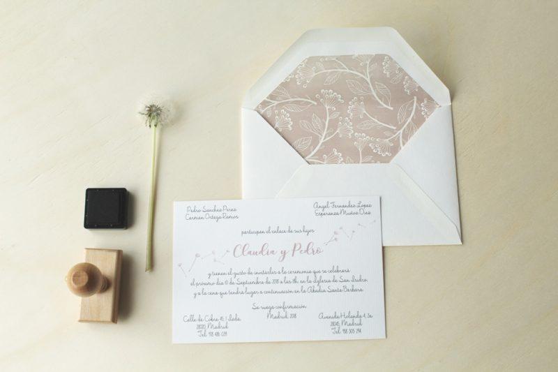 invitaciones de boda con sobres forrados naturaleza