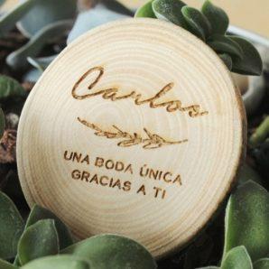 imanes de madera personalizados con nombres
