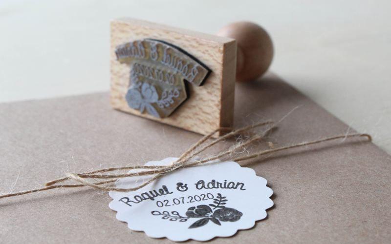 invitación de boda con sello personalizado